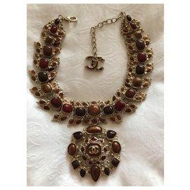 Chanel-Arts and Crafts Paris-Byzance-Dark red
