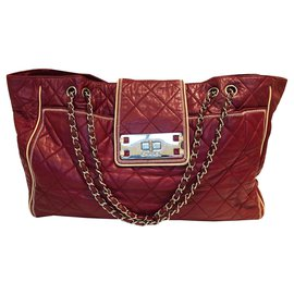 Chanel-East West Tote-Dark red
