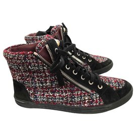 Chanel-Sneakers-Dark red