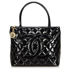 Chanel-Chanel Black Patent Leather Medallion Tote Bag-Black