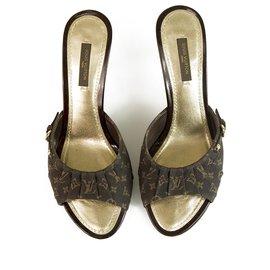 Louis Vuitton-Louis Vuitton Brown Mini Lin Toile & Cuir Mules Peep Toe Talons À Talons 37,5 Escarpins-Marron