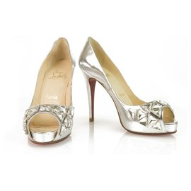 Christian Louboutin-Christian Louboutin Silver Leather Embellished Crystal Peep toe platform pump 37-Silvery