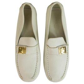 Louis Vuitton-Mocassins Louis Vuitton en cuir blanc à talons plats chaussures à boucle dorée 37-Blanc