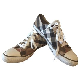 Burberry-Sneakers-Brown