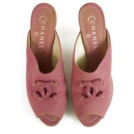 Chanel-Mules à talons peep toe en tissu rose Chanel avec CC à la face 9cm talon couvert sz 39-Rose