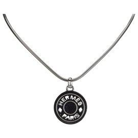 Hermès-Hermes Silver Metal Clou de Selle Pendant Necklace-Silvery