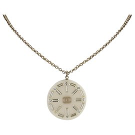 Chanel-Chanel White Medallion Pendant Necklace-White,Golden