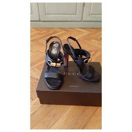 Fendi-Sandals-Black