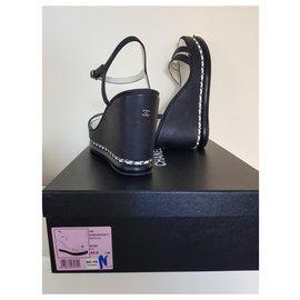 Chanel-Sandales compensées chaine CoCo-Blanc,Bleu Marine