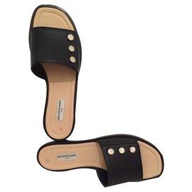 Balenciaga-Sandals-Black