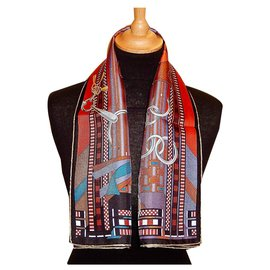 Hermès-FLANSCHE und GRAU GRAU-Mehrfarben