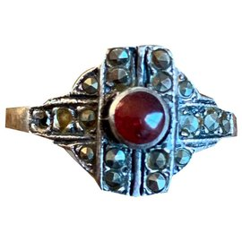 Vintage-Rings-Silvery,Red