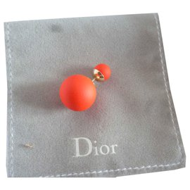Dior-Stammes-Rot