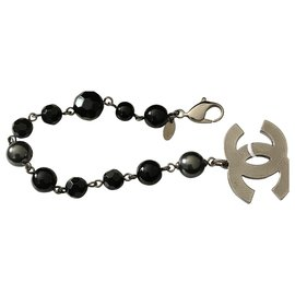Chanel-Chanel bracelet in silver metal with 11 Onyx beads-Black