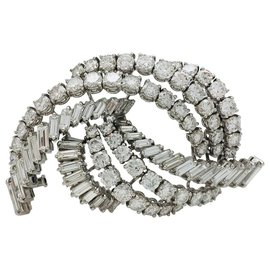 inconnue-White gold brooch, brilliant diamonds and chopsticks.-Other