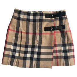 Burberry-die Röcke-Beige