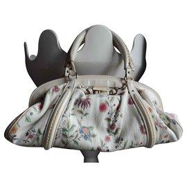 Dior-Handbags-Beige