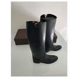 Louis Vuitton-heritage-Black