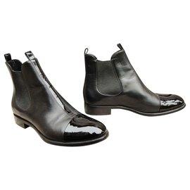Louis Vuitton-Louis Vuitton Stiefel Uniformen Neuzustand-Schwarz