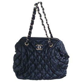 Chanel-bubble-Bleu Marine
