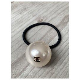 Chanel-Elastique Chanel bijoux perle-Écru