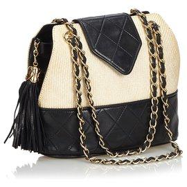 Chanel-Chanel White Woven Raffia Chain Shoulder Bag-Black,White,Cream