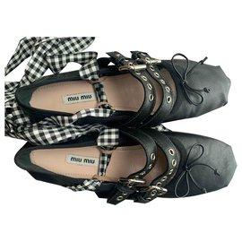 Miu Miu-Miu Miu Ballet Flats-Black
