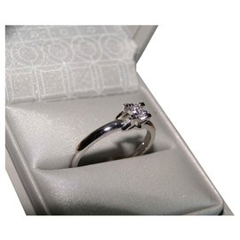 inconnue-Diamond White Gold Solitaire Ring 0.09 ct-Silvery