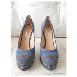 Chanel-Talons-Bleu