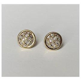 Vintage-Earrings-Golden