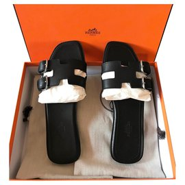 Hermès-Hermès Remake Sandal-Black