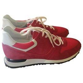 Louis Vuitton-Sneaker-Rouge