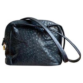 Vintage-Handbags-Black
