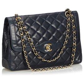 Chanel-Chanel Blue Medium Lambskin lined Flap Bag-Blue,Navy blue