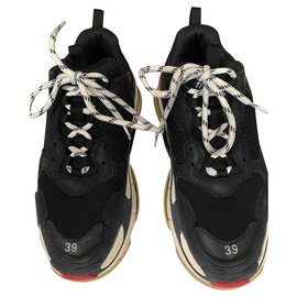 Balenciaga-Triple S Sneakers-Black