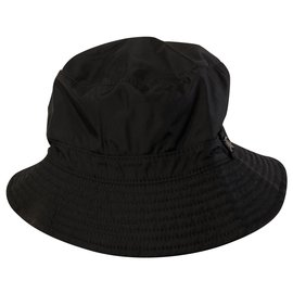 Burberry-Hats-Black