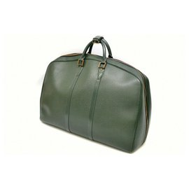 Louis Vuitton-Sac de voyage Louis Vuitton Taiga-Vert