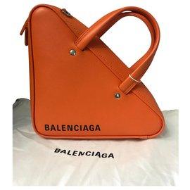 Balenciaga-balenciaga duffle triangle xs new NEVER WORN IT-Orange