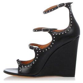 Givenchy-HIGH SHOE-Black