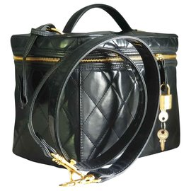 Chanel-Vanity-Black