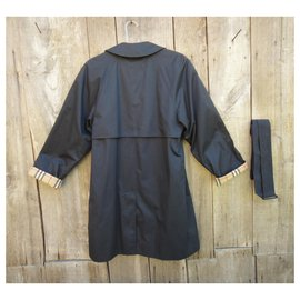 Burberry-waterproof Burberry Markfield model-Black