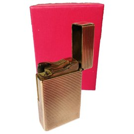 St Dupont-ST Dupont lighter in gold plated 20 microns-Golden