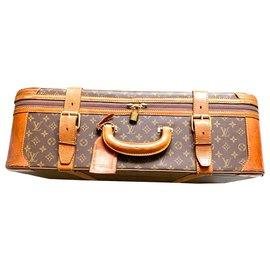 Louis Vuitton-Stratos-Brown