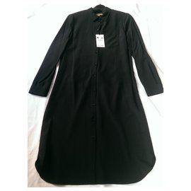 Burberry-Dresses-Black