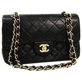 Chanel-Chanel Noir Classique Moyen Flap Doublé En Peau De Veau-Noir