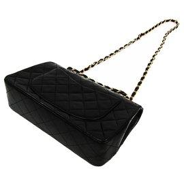Chanel-Chanel Black Classic Medium Lambskin lined Flap-Black