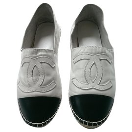 Chanel-Espadrilles-Black,White