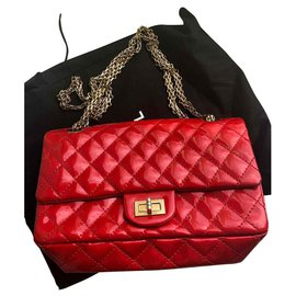 Chanel-Reissue-Red