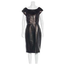 Gucci-Robe en cuir souple à volants-Noir