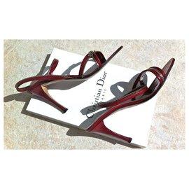 Dior-Sandales Dior cuir vernis rouge scintillant-Rouge
